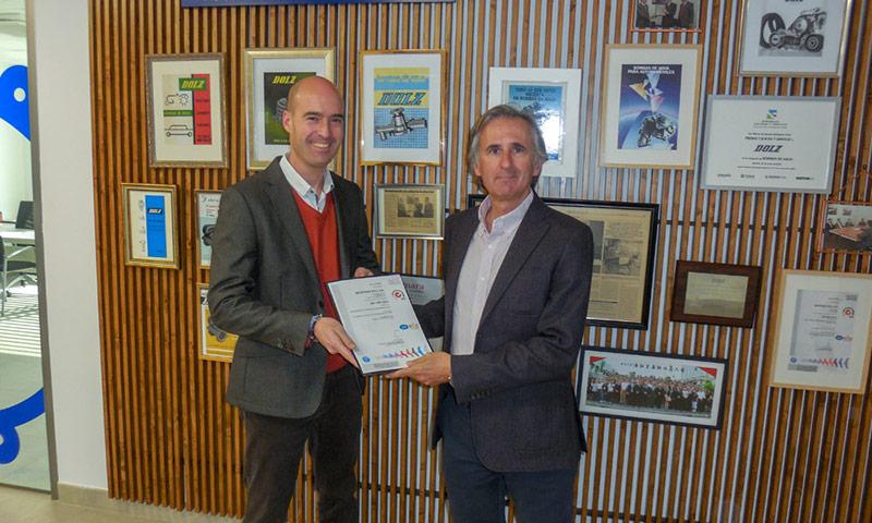 Dolz recibe certificado de calidad